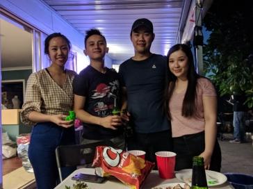 Hà Anh, anh Thắng, em Bảo và Quỳnh Vy