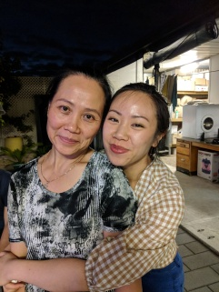 Hà Anh và cô Loan